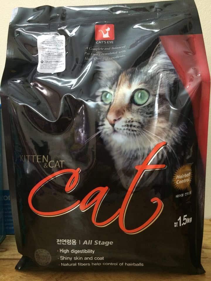 thức ăn khô cho mèo